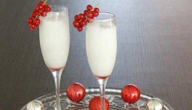 Een heel erg populair tussendoortje tijdens het kerstdiner is de spoom vooral als je gasten hebt - De scandinavische cocktail ...