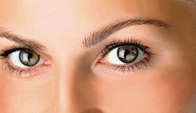 plekken rond de ogen